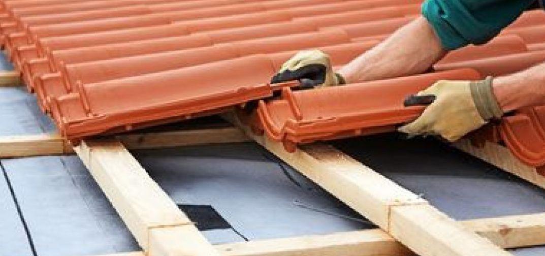 Procédures à connaitre avant de se lancer dans des travaux sur la toiture